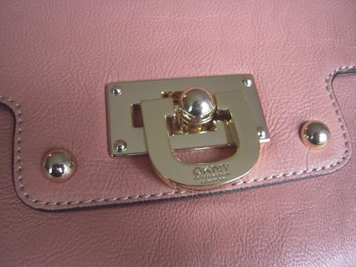 DKNY Tasche Detail