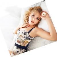 Scarlett Johansson für Dolce Gabbana Make Up Sommer 2011