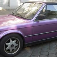 Lila BMW