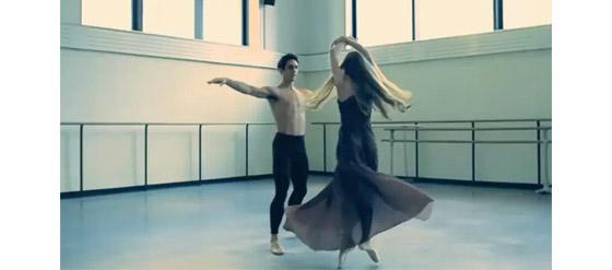 Chloes Spring/Summer Kollektion 2011 Tanzvideo