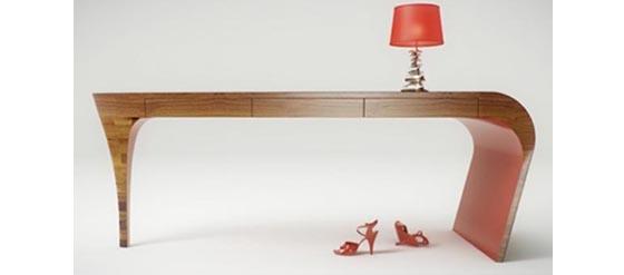 Stiletto-Schreibtisch