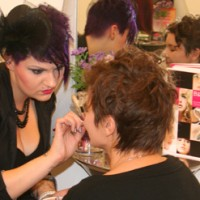 Burlesque-Shopping bei Hair Colada