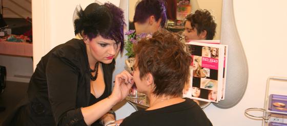 Burlesque-Shopping bei Hair Colada