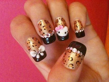 Leo Hello Kitty Nägel