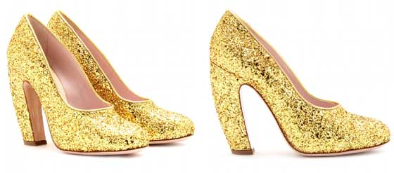 Goldfarbene Glitter-Pumps MIU MIU geschwungener Absatz