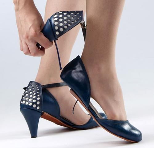 Ze o Ze Transformer Schuh von Daniela Bekerman