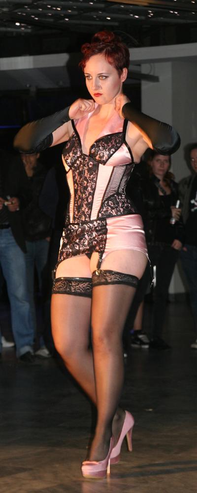 Slacks Fashion Modenschau 4