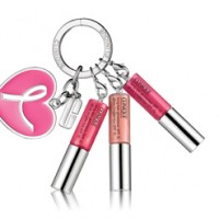 Charity Lipgloss Schlüsselanhänger von Clinique