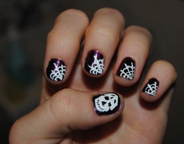 gruselige Halloween Nägel Design Kunst Fingernägel selber lackieren