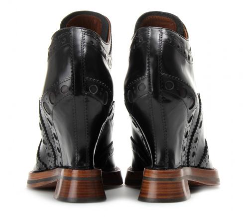 Ankle Boots im Brogue Stil von ACNE 3