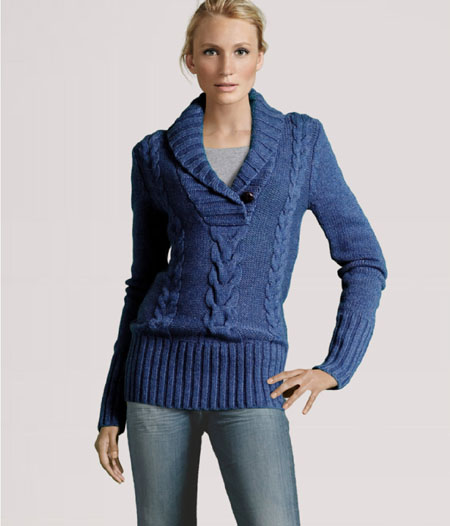 H&M Figurbetonter Pullover mit Zopfmuster, Schalkragen und Knopf