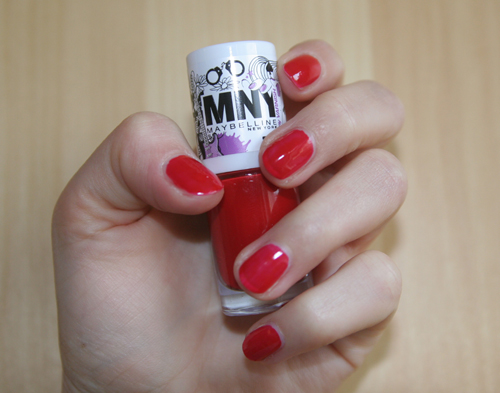 MNY I Am A Red Riding Hood Nagellack 166A