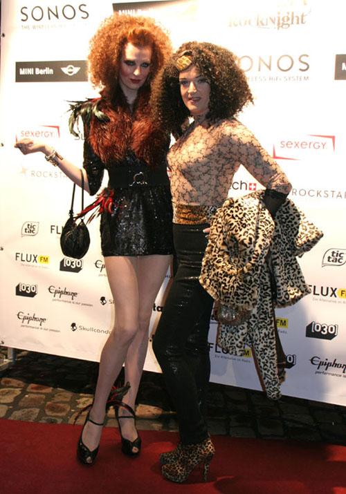 Drag Queen Sheila Wolf bei der Fashion Rock Night 2012