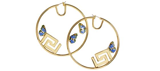 Ohrringe der Versace H&M Cruise Kollektion