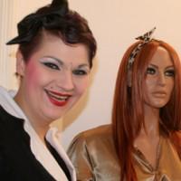 Burlesque Shopping mit dem Label Chalotte Pulver