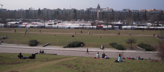 Prenzlauer Berg Flohmarkt am Mauerpark