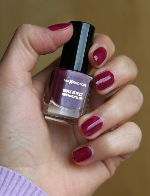 Max Factor Mini Nagellack Intense Plum