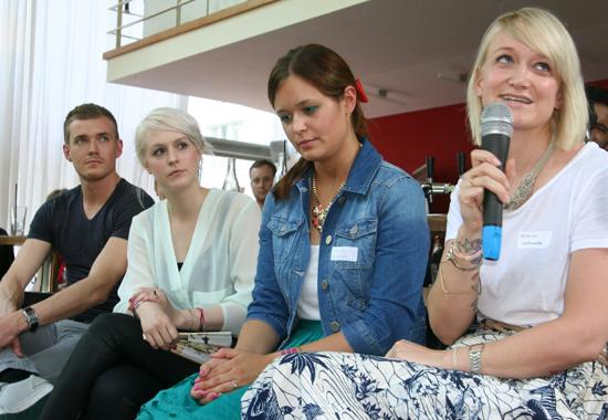 Diskussionsrunde mit den Bloggerinnen Anna, Sarah und Kathrin