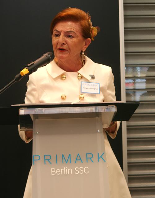 PRIMARK Vorstandsmitglied Breege O'Donoghue bei der Eröffnung in Berlin
