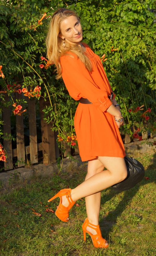 Meine orangefarbenen Schuhe von schuhtempel24.de 1