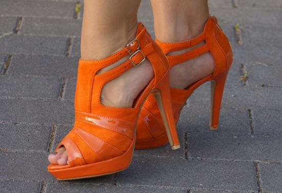 Meine orangefarbenen Schuhe von schuhtempel24.de 5