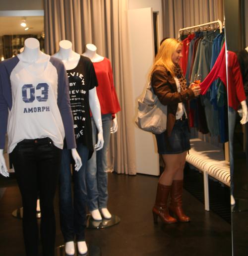 AMORPH Black Store Opening Berlin 1