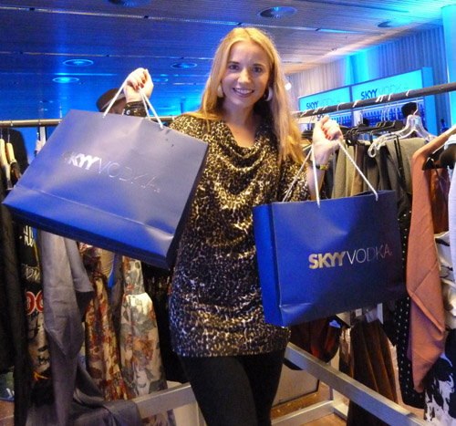 Bei der SKYY Vodka Swap Party Berlin