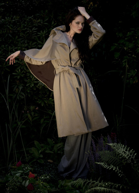 EVA GREEN Trenchcoats 1