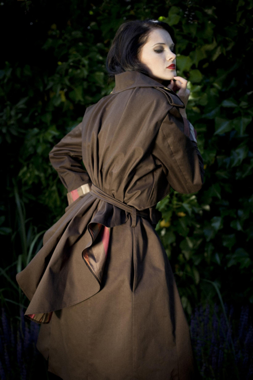 EVA GREEN Trenchcoats