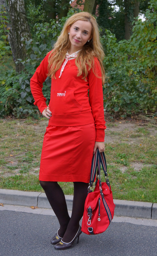 Marie Outfit Rot 1