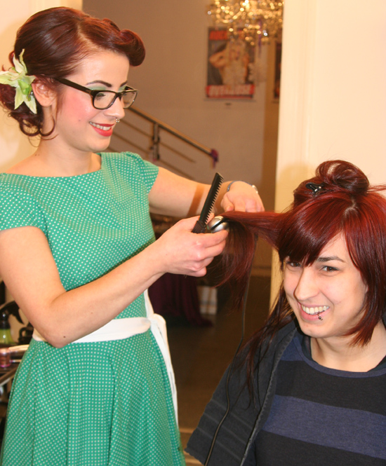 Christmas Burlesque-Shopping in der Hair Colada 6