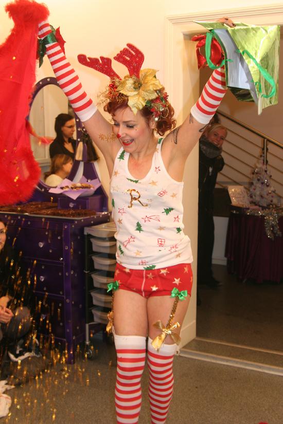 Christmas Burlesque-Shopping in der Hair Colada 5