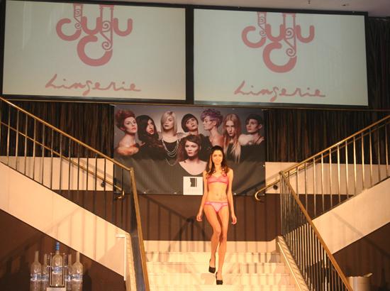 Pre Fashion Week Show im Felix Juju Lingerie