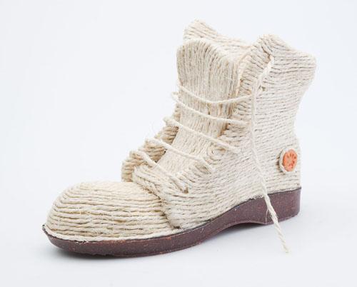 ART-Shoestorming-lorena-palomino