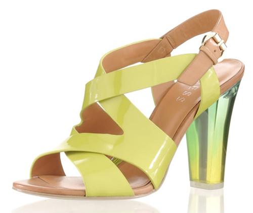 Guess Sandalette mit Plexiglas Absatz 01