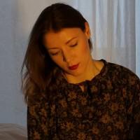 Karin Fröhlich Frage Freitag auf glamoursister.com