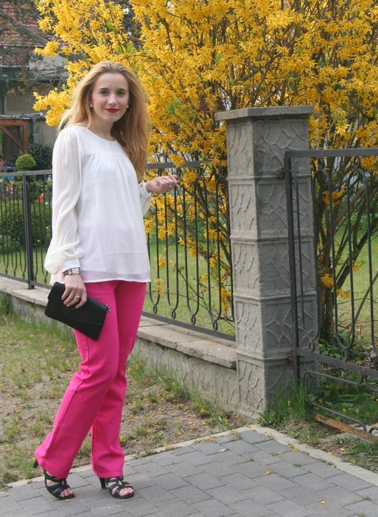 Pinke Hose von Sarah Kern über HSE24- 02