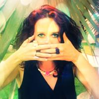 Linda Schiller auf GlamourSister