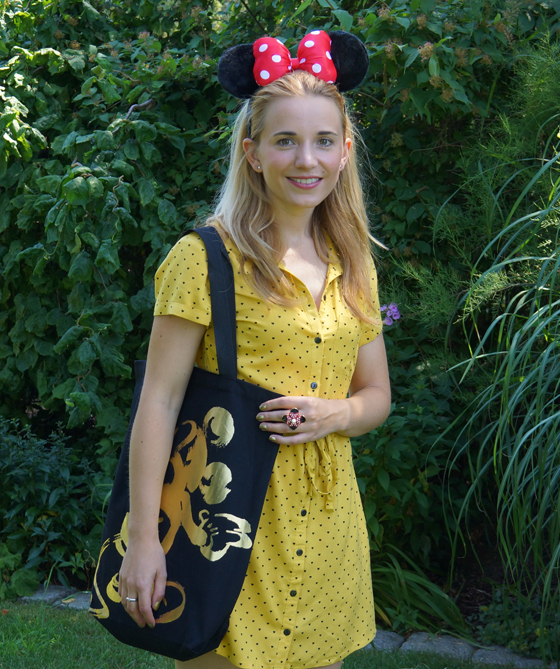 Mickey Mouse Outfit 02