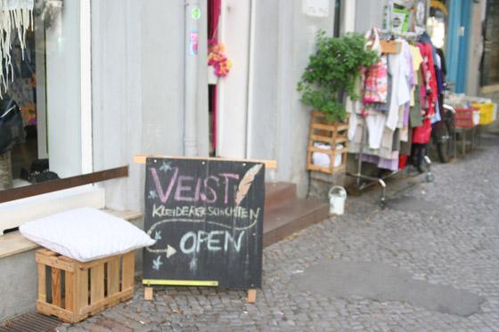 Veist Kleidergeschichten Laden in Berlin Neukölln 05