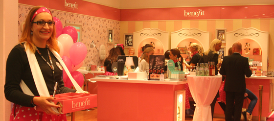 Benefit Grand Opening Party Boutique Berlin 01