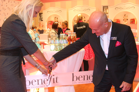 Benefit Grand Opening Party Boutique Berlin 03