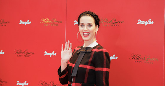 Katy Perry mit ihrem Duft Killer Queen in Berlin 006