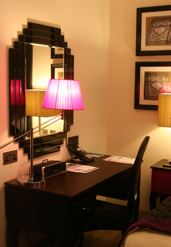 Zimmer im Hotel Indigo London Kensington Earls Court 04