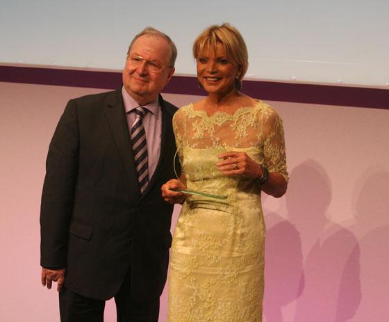 Victress Award 2014-10