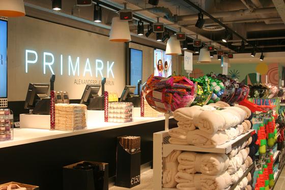 PRIMARK Eröffnung Berlin Alexanderplatz 04