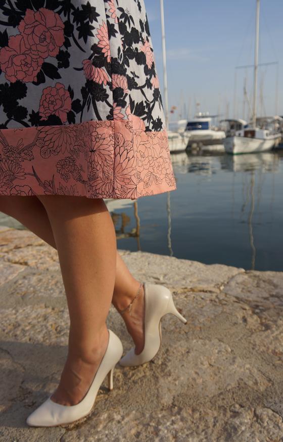 Bedrucktes Blumenkleid Outfit Oasis 06