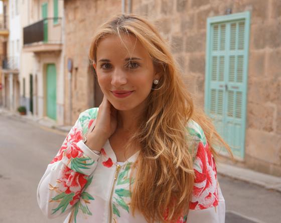 Outfit Laura Scott Blouson 07