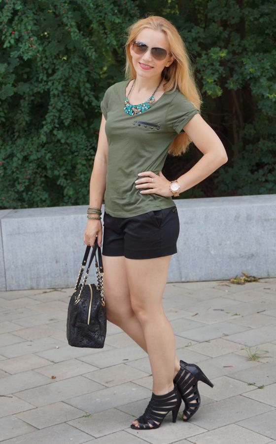 Outfit grün & schwarz 03