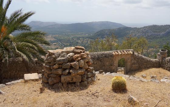 Wandern zum Puig de Maria Mallorca 11